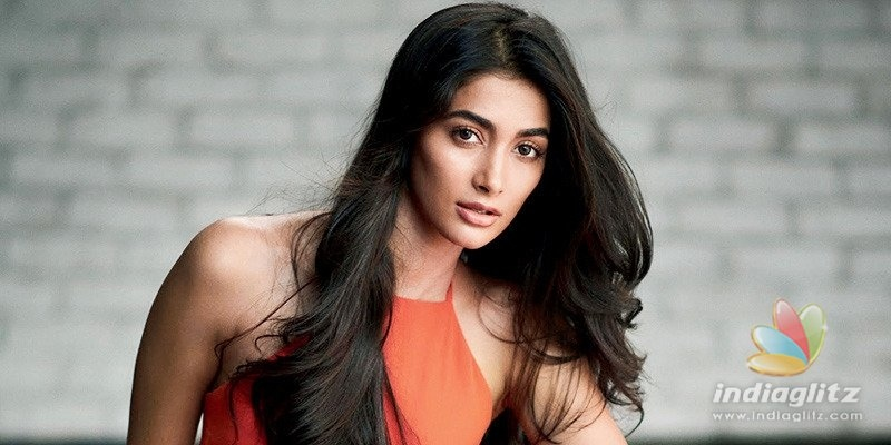 Pooja Hegde issues clarification after controversy over her navel comments