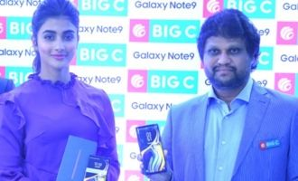 Pooja Hegde Launches Samsung Note 9 @ Big C, Madhapur
