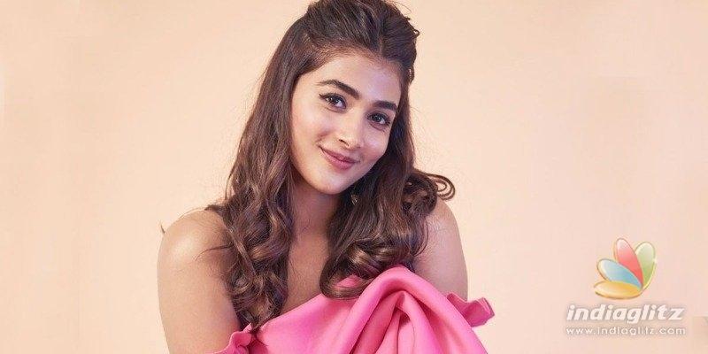 SSMB 28: Pooja Hegde remuneration for Mahesh Babu, Trivikram film!