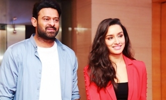 Prabhas, Shraddha to do LIVE chat with fans