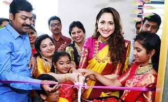 Pragya Jaiswal Inaugurates Hiya Designer Jewellery Showroom