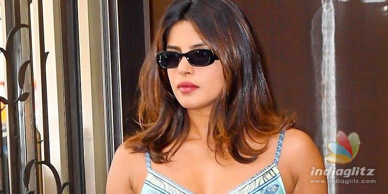 Pic Talk: Priyanka Chopra is scorching hot
