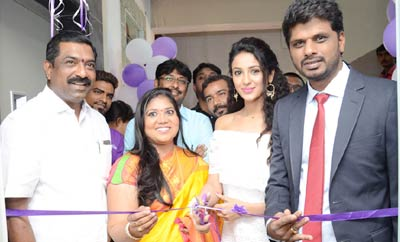 Priya Sree Launches Naturals Salon @ Mehdipatnam