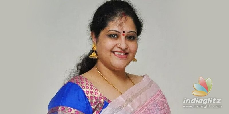 Teja deceived me: Raasi