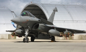 CAG says Modi's Rafale deal is cheaper