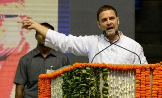 Modi is breaking India into pieces: Sonia, Rahul at Bharat Bachao rally
