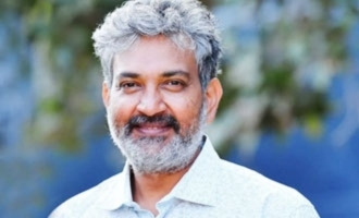 Rajamouli, Mega hero give a pat on Bollywood star's back
