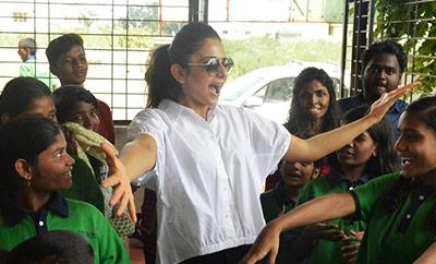 Rakul Preet Birthday Celebrations @ Cherish Orphanage Home
