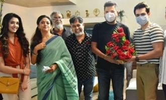 Shankar surprises Ram Pothineni, Krithi Shetty