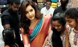 Rashi Khanna @ Store Launch