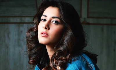 Isn't Raashi Khanna so ravishing?