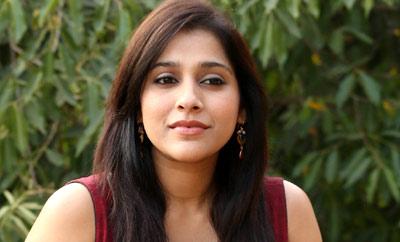 Rashmi Gautam rates Tollywood superstars