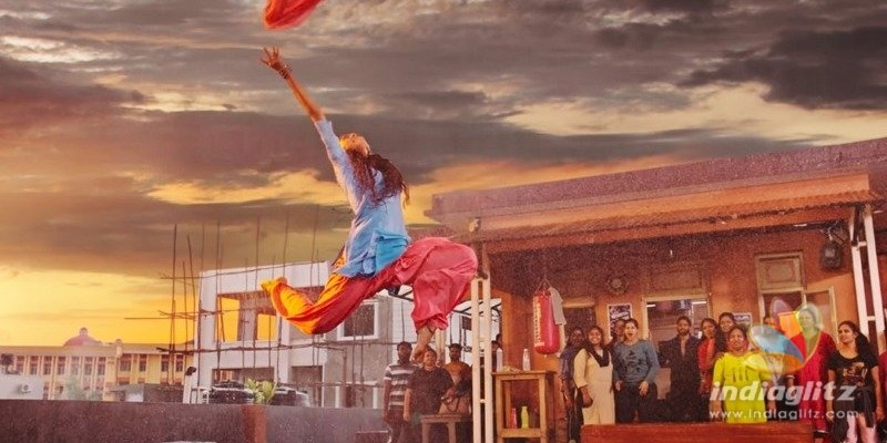 Netizens love Sai Pallavis dancing still from Love Story teaser