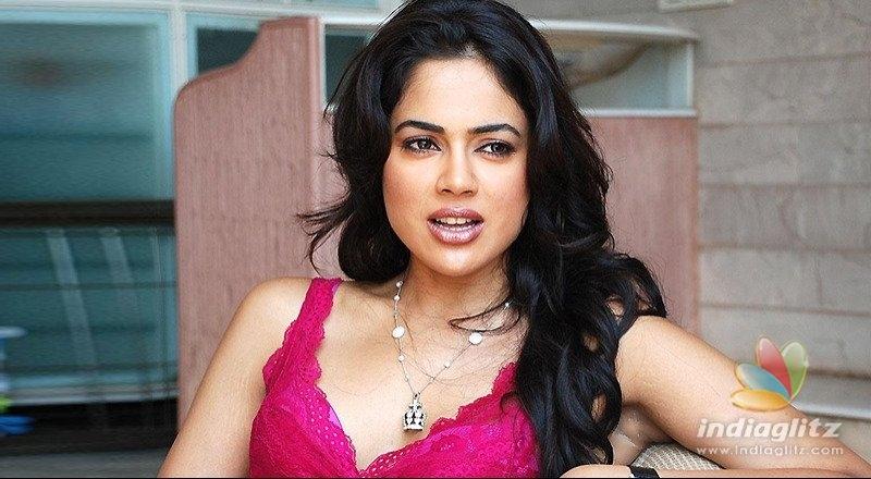 NTRs heroine Sameera is pregnant again