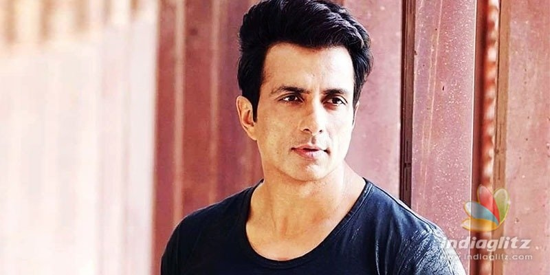 Sonu Sood receives honours from Maharashtra Government