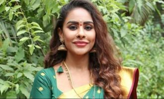 'Reddy Diary' Sri Reddy ditches glamour!
