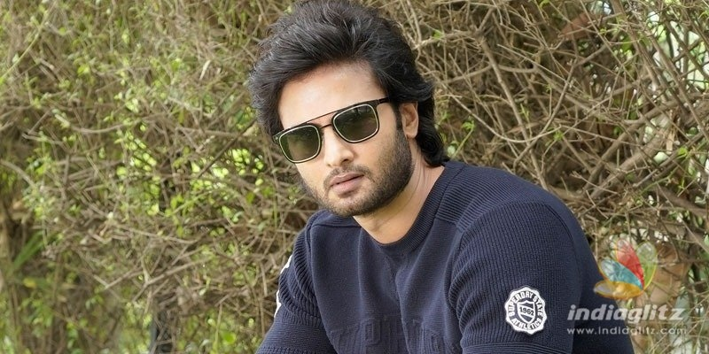 Asking Mahesh for help is like asking dowry: Sudheer Babu