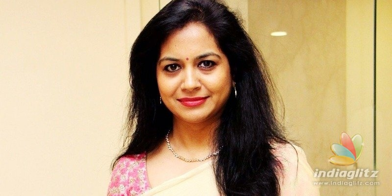 Singer Sunitha to lodge complaint against cheater