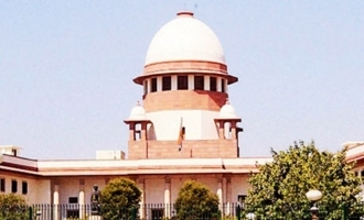 SC asks Centre to review Internet shutdown in Kashmir