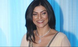 Sushmita Sen dances devotionally with daughters