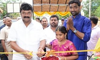 Talasani Launches Viyyalavaari Vindu Restarent