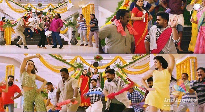 Simbu repeats Pawan Kalyans dance moves