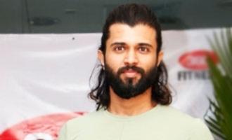 Vijay Deverakonda mourns fan's death in a touching post