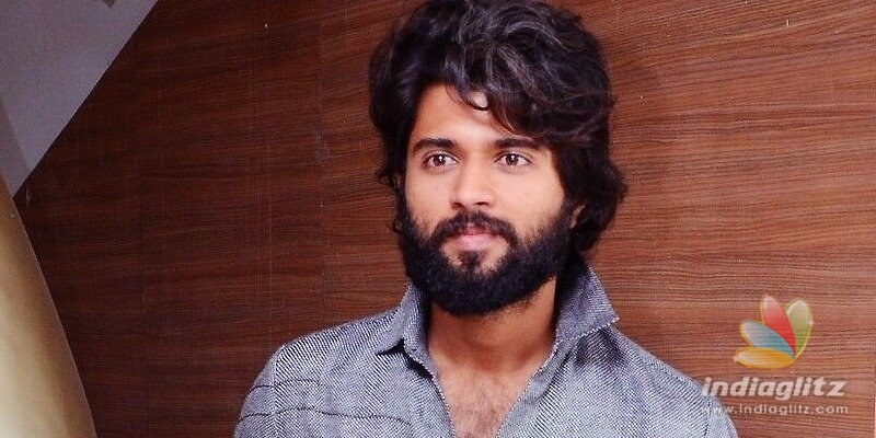 Vijay Deverakonda to fight like a Fighter