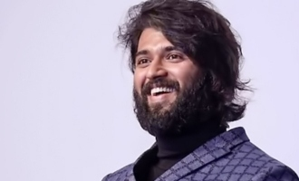 Vijay Deverakonda gifts big thing to fan!
