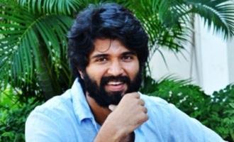 Vijay Deverakonda urges Hyderabadis to vote for peace & prosperity