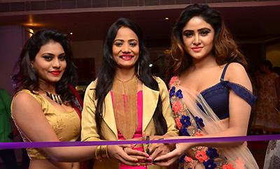 Sony Charishta & Priyanka Launches Trendz Vivah Collection