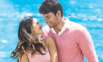 Manasuku Nachindi Review